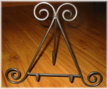 Iron Easel Display / Plate Stand at Patchwork & Paint